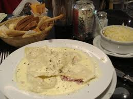 Ravioles con salas de queso