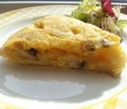 Tortilla de patata con champiñones y queso